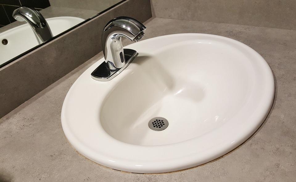 łazienkowa umywalka wpuszczana w blat