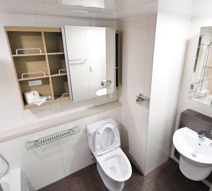 Czy muszla klozetowa może odmienić wygląd łazienki?