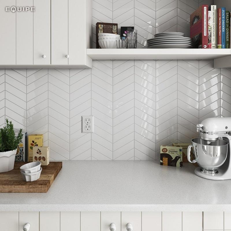 Płytki ceramiczne: czy warto na nie postawić w kuchni?